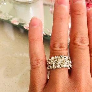 NWT women's gorgeous ring!! 😍😍😍💍💍💍